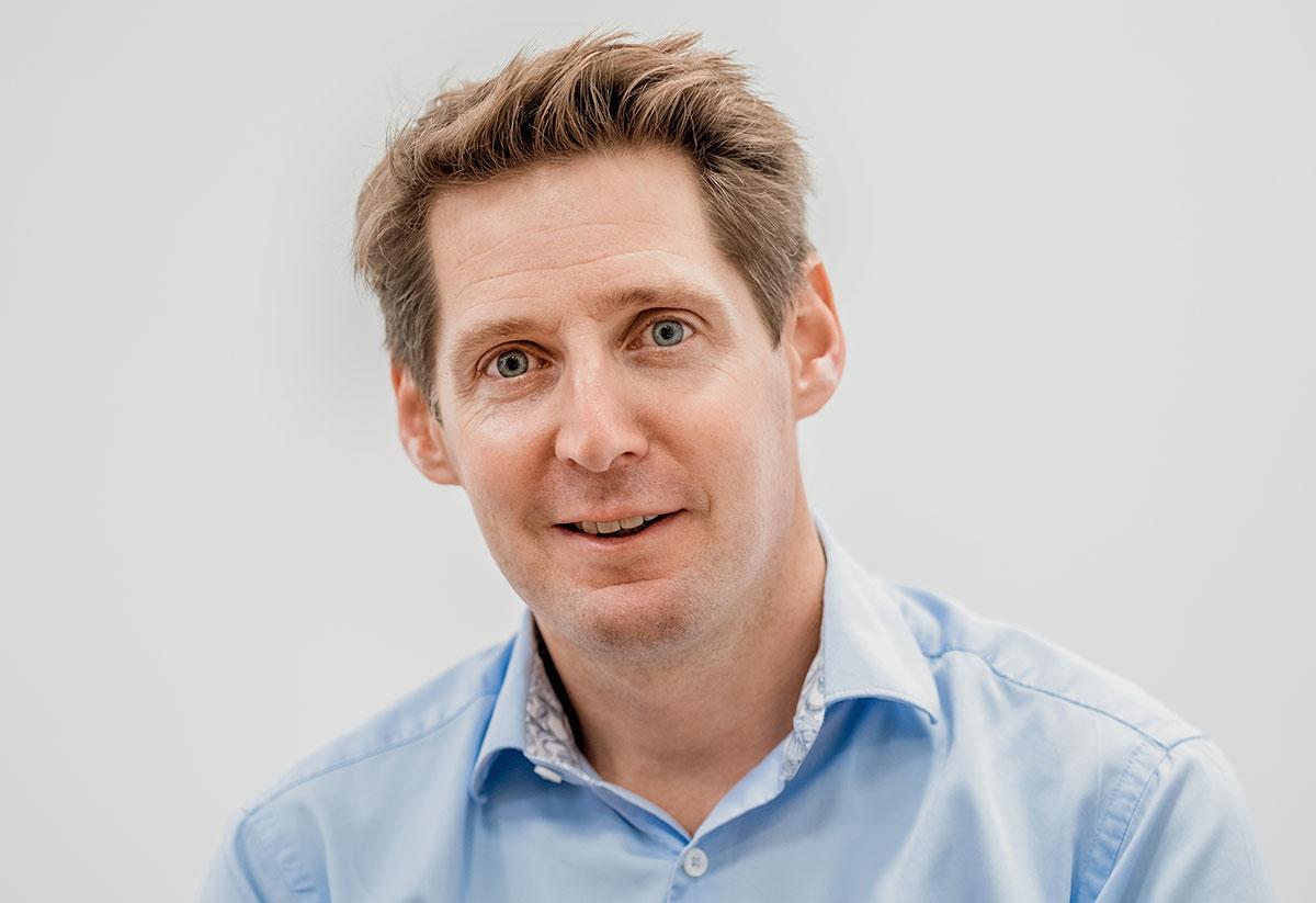 Dr Paul Farrant - NHS consultant